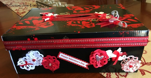 fergie-valentine-box